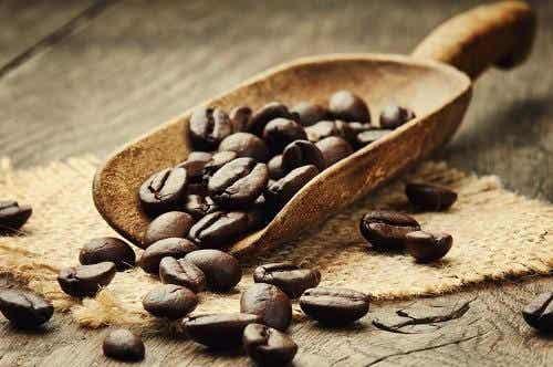 La caféine peut-elle vous aider à mieux reconnaître les notions positives ?