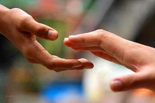 5 clés pour trouver le bonheur en aidant les autres
