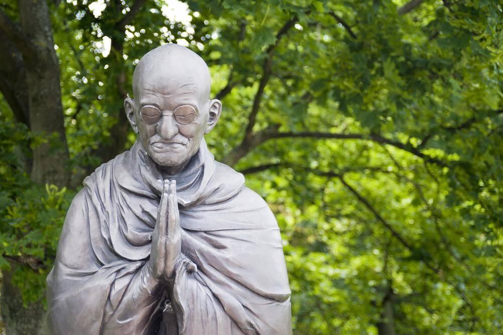 Les 6 pensées de Gandhi pour un monde meilleur