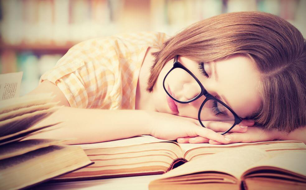 Quels sont les effets du manque de sommeil sur l'esprit ?