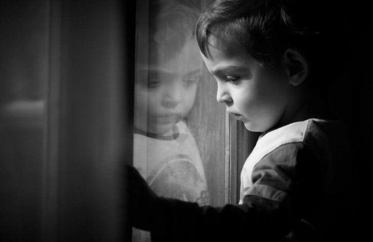 Comment gérer les traces émotionnelles de notre enfance ?