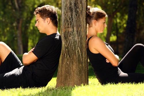 Connaissez vous les 6 mauvaises habitudes les plus communes dans les relations amoureuses?