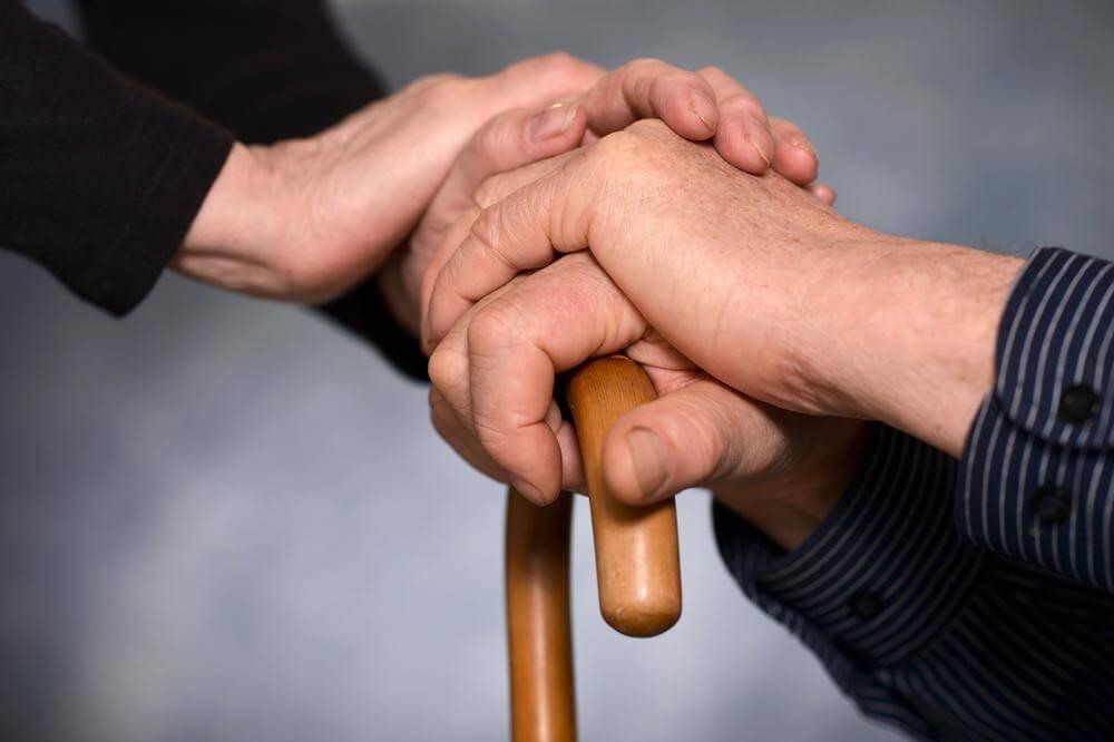 Comment aider ses parents lorsqu'ils vieillissent ?