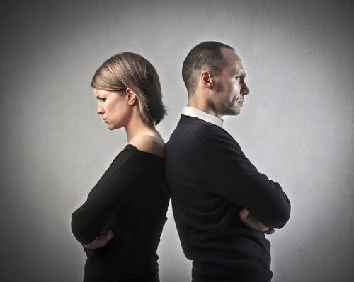 8 raisons qui conduisent un couple malheureux à rester ensemble