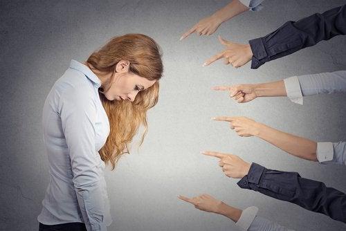 Comment vit une personne avec un sentiment profond de culpabilité ?
