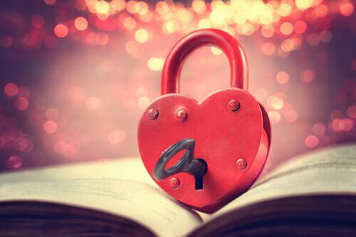 corazon-con-cerradura-y-llave