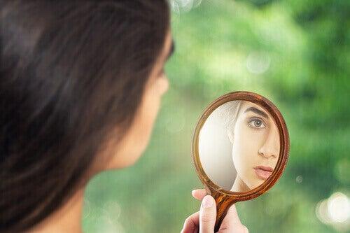 Je suis tombé amoureux d'une personne narcissique