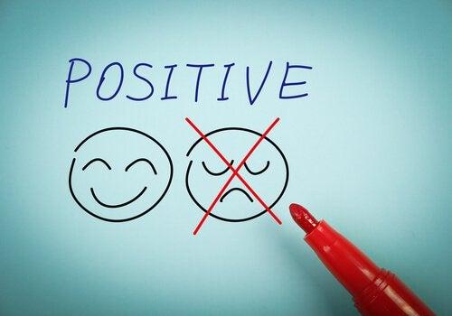 centrarse-en-lo-positivo-para-eliminar.la-angustia