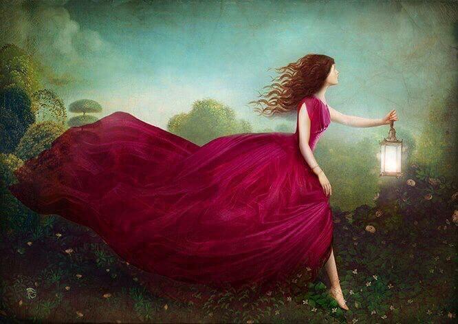 Femme-avec-lampe-et-lumiere