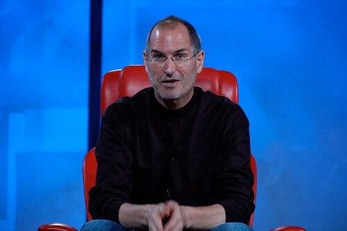 """Les 5 """"jamais"""" de Steve Jobs"""