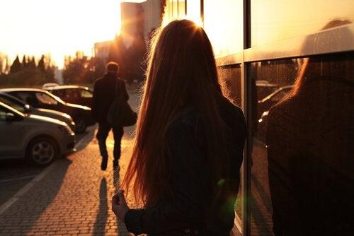 Je te dis adieu parce que je t'aime