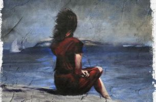 fille regardant la mer