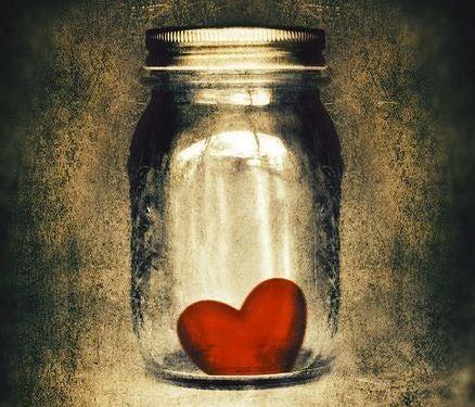 tarro-con-corazón-dentro1