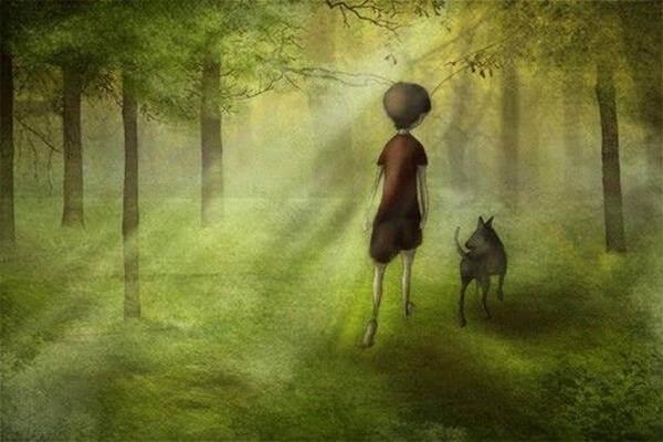Enfant-se-promenant-dans-la-foret-avec-son-chien