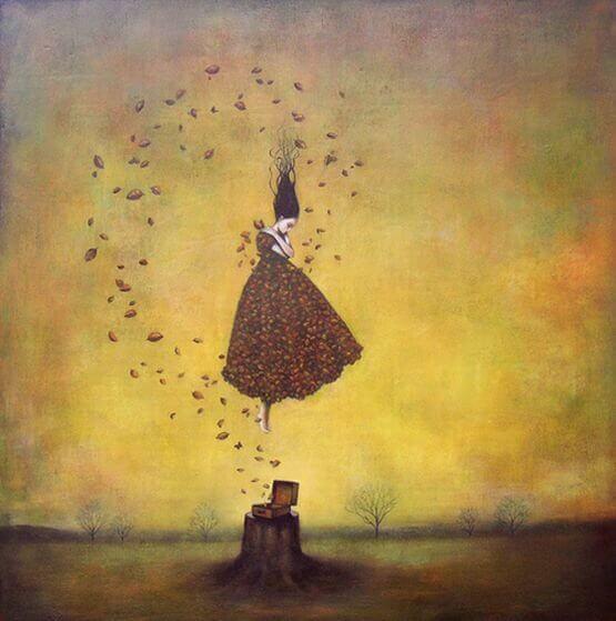 femme entouree de feuilles