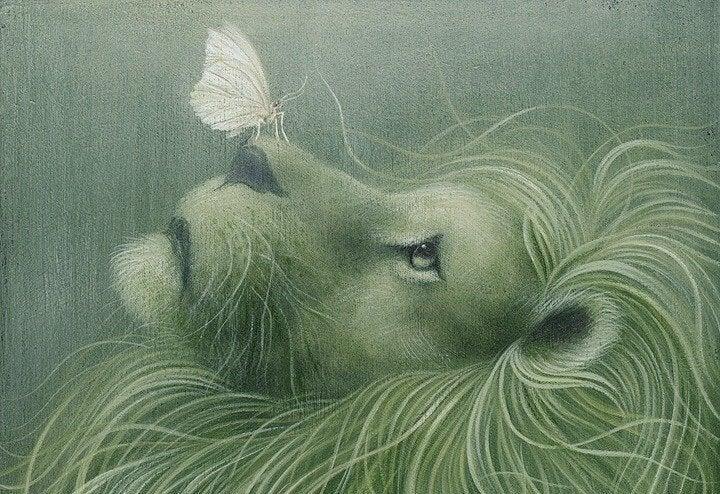 leon-con-mariposa