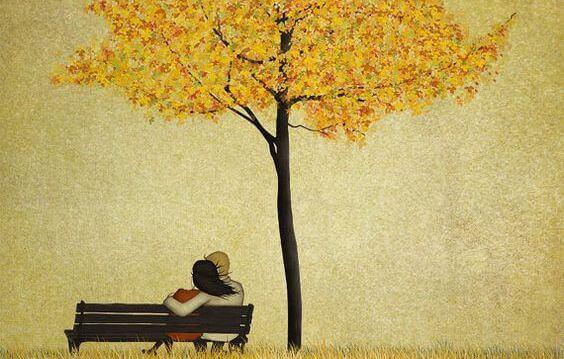Couple-dans-un-parc