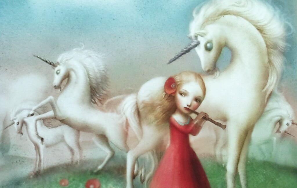 Enfant-et-licorne-jouant-a-la-flute-1024x649
