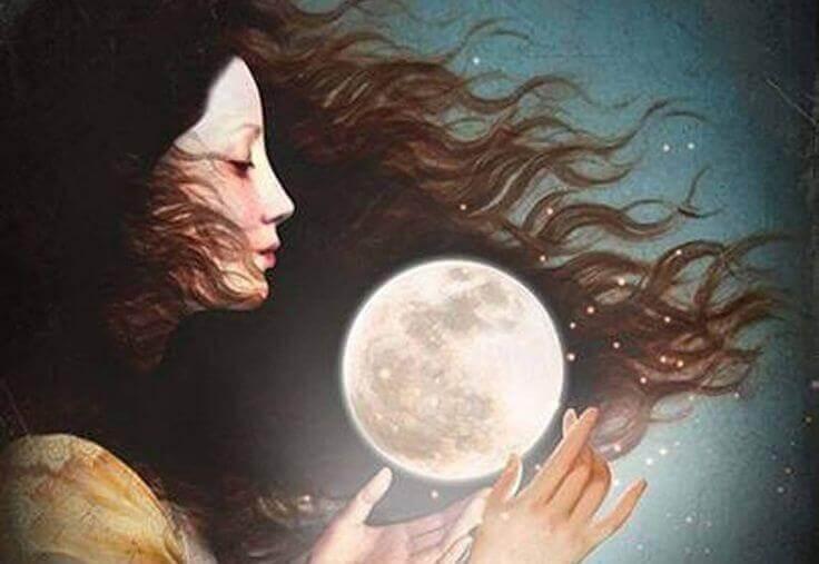 Femme-avec-une-lune-entre-les-mains