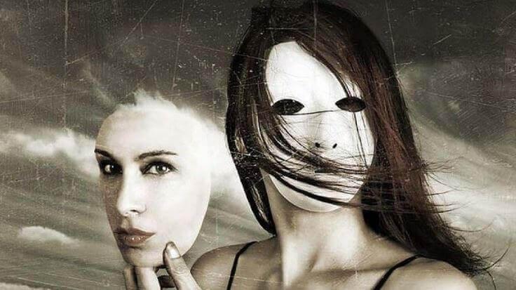 Femme-et-masque