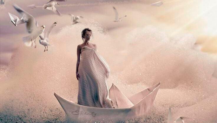 Femme-sur-un-bateau