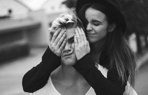 L'amitié entre un homme et une femme peut-elle exister?