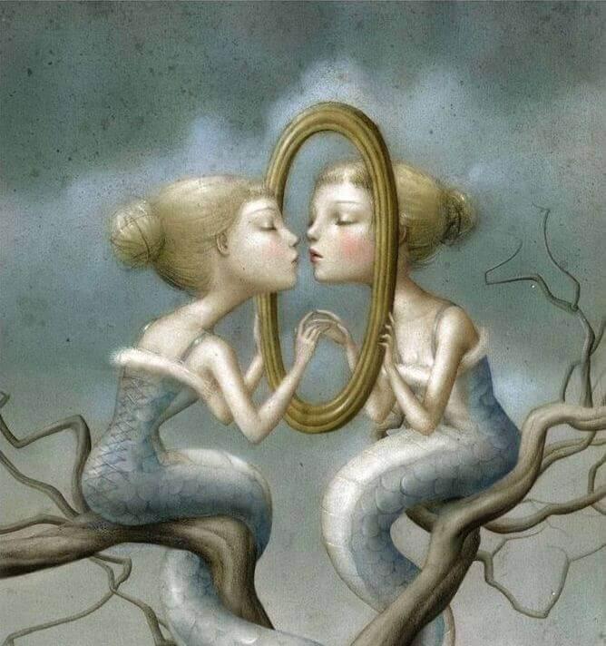Scene-symbolique-femme-devant-un-miroir