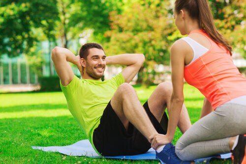 Couple-faisant-du-sport