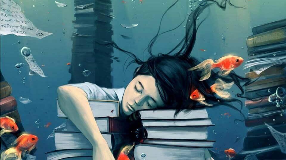 Femme-endormie-sur-des-livres-revant-de-poissons