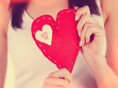 Femme-et-coeur