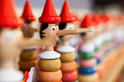 Figurines-de-pinocchio