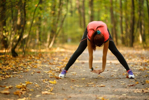 Mujer-haciendo-deporte