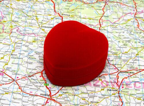 coeur-sur-une-carte