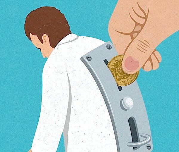 hombre-máquina-con-ranura-para-introducir-dinero