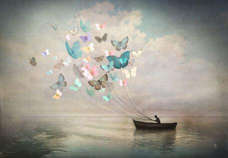 papillons-guidant-un-navire