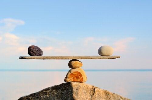 Balance-de-pierres