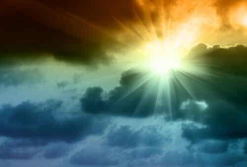 Après les nuages vient toujours le soleil