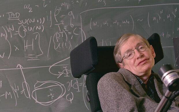 Stephen-Hawking-faisant-un-cours