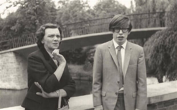 Stephen-Hawking-jeune
