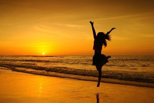 chica-saltando-pasion