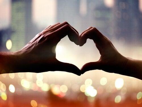 Rien n'a d'effet aussi bénéfique sur quelqu'un que l'amour