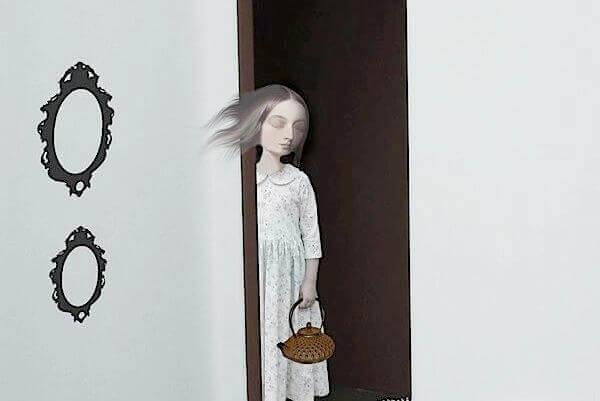 mujer-en-umbral-puerta-representando-la-entrada-a-la-depresion
