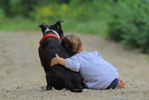 enfant-et-chien