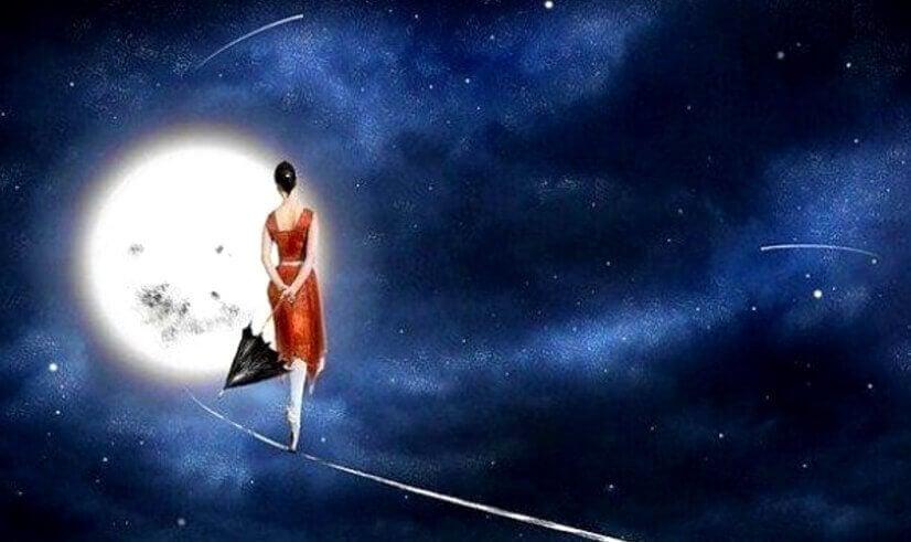 femme-dans-la-lune