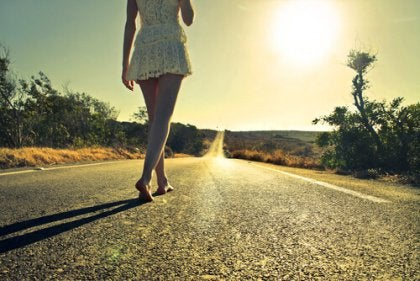 femme-marchant
