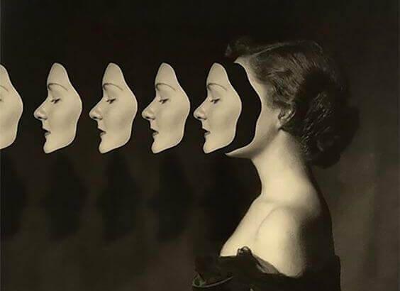 femme-masques
