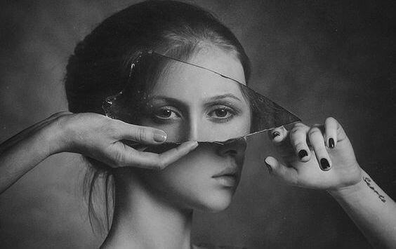 femme-reflet-1