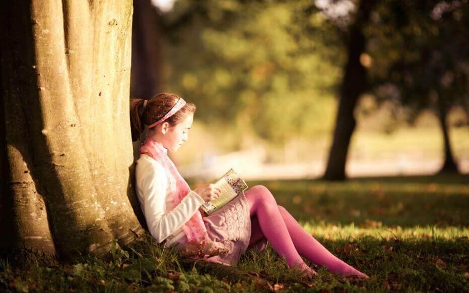 Les enfants deviennent des lecteur-trice-s dans le giron de leurs parents