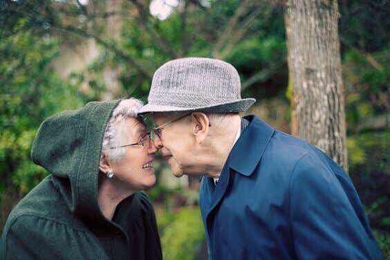 L'âge ride la peau, mais pas la joie