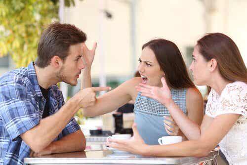 7 habitudes qui vous rendent moins attirant-e